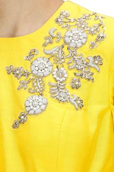 yellow dress and flower details