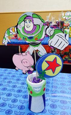 Toy Story Buzz Lightyear Centerpiece Base, Toy Story Centerpiece, Woody, Buzz Lightyear, Birthday, Toy Story Birthday, Cebterpieces by Chickedoll on Etsy https://www.etsy.com/listing/256213317/toy-story-buzz-lightyear-centerpiece