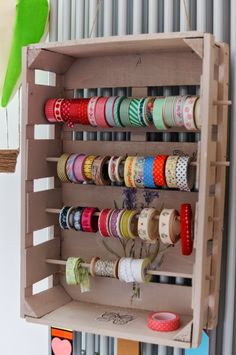 Chi c'è a cena stasera?: Un posticino per me Craft Room Storage, Craft Organization, Coin Couture, Home Crafts, Diy And Crafts, Ribbon Holders, Ribbon Storage, Ideas Para Organizar, Sewing Rooms