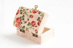 Scatola di legno stile rustico Roses  di MissVintageWedding