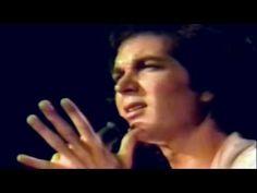 Camilo Sesto - Si me dejas ahora (casino Las Vegas)- HD - YouTube