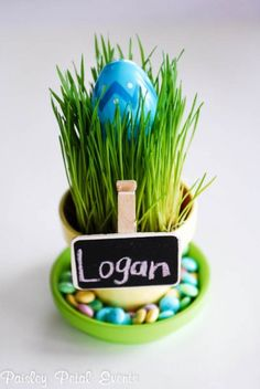 Decorate those eggs! Welcome to Moonlight & Mason Jars, a link party hosted on 5 blogs. This week's feature from selected bloggers is Fab Easter Egg Ideas.