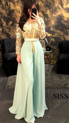 Prom Dresses Long With Sleeves, Modest Dresses, Nice Dresses, Morrocan Dress, Moroccan Caftan, Arabic Dress, Oriental Dress, Eid Outfits, Arab Fashion