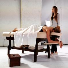 """Table de Massage """"Luxe""""® - France [540€] - Malea® https://www.malea-massage.com/_sku/TABLE-000057"""