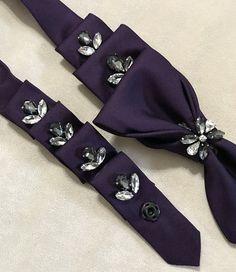 Collier cravate