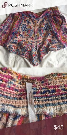 Free People flowy shorts Free people Flowy boho shorts. Perfect for the summer. In great condition only worn a couple times. Accepting offers! Free People Shorts