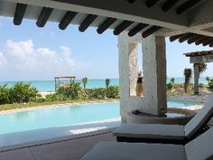 Luxurious, 4 Bedroom 4 Bathrooms Beach Front Home