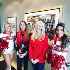 Hanging with the #goldrushgirls at the 49ers v Falcons game. Go Niners! @mexxi_vee #levistadium #49ers #suitelife