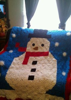 I used to have it but cant find it now.I made one for my mom, it was so adorable Pixel Crochet, Crochet Quilt, Crochet Squares, Knit Crochet, Crochet Afghans, Crochet Headband Pattern, Crochet Flower Patterns, Christmas Afghan, Christmas Snowman