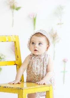 Ya es primavera en Reine et Roi - Patricia Semir Morning Photography, Toddler Photography, Birthday Photography, Mini Sessions, Photographing Babies, Baby Girl Newborn, Newborn Photos, Easter 2021, Commercial Photography