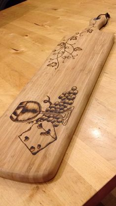 Woodworking with easy wood projects plans is a great hobby but we show you how to get started with the best woodworking plans to save you stress & cash on your woodworking projects Wood Burning Crafts, Wood Burning Patterns, Wood Burning Art, Wood Crafts, Woodworking Furniture Plans, Woodworking Projects That Sell, Woodworking Crafts, Woodworking Videos, Woodworking Nightstand