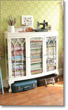 Fabric envy- Glass armoire used for fabric storage Sewing Room Storage, Quilt Storage, Sewing Room Organization, My Sewing Room, Craft Room Storage, Fabric Storage, Sewing Rooms, Storage Ideas, Fabric Organizer