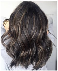 Hairstyle with Red Balayage Bangs - 50 Most Captivating African American Short Hairstyles and Haircuts - The Trending Hairstyle Ombre Curly Hair, Long Curly Hair, Dyed Hair, Curly Hair Styles, Brown Hair Balayage, Hair Color Balayage, Balayage Hairstyle, Men's Hairstyle, Blonde Balayage