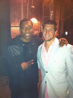Lecrae and Tebow. Some serious fangirling happening over this pic. Thankful for their testimonies and ministries. Christian Rappers, Christian Music, Music Is Life, My Music, Tim Tebow, Hip Hop Rap, Well Dressed Men, Good Looking Men, To My Future Husband