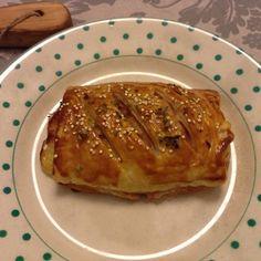 Folhado de carne com queijo