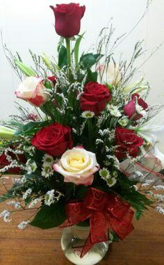 Looks like valentines day 😘 Valentine Flower Arrangements, Basket Flower Arrangements, Creative Flower Arrangements, Flower Arrangement Designs, Funeral Flower Arrangements, Rose Arrangements, Beautiful Flower Arrangements, Funeral Flowers, Church Flowers
