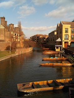 Cambridge UK. Been here been on one of these boats!!! -spring break 2011