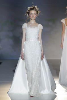 Vestidos de noiva de Victorio & Lucchino 2014. #casamento #vestidodenoiva #BBW13