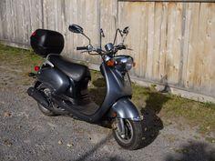 Yamaha Vino 125 gas scooter - http://www.gezn.com/yamaha-vino-125-gas-scooter-2.html