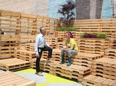 Hennepin home to new pop-up park, vacant storefront gallery – Southwest Journal Nassau, Landscape Architecture, Architecture Design, Box Park, Pop Up Bar, Stage Set, Backyard For Kids, Store Fronts, Outdoor Structures