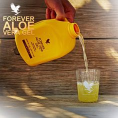 Our Forever Aloe Vera Gel is a great choice by those looking to maintain a healthy digestive system and a natural energy level. Aloe Vera Gel, Gel Aloe, Programe Minceur, Forever Living Company, Forever Aloe Gel, Aloe Vera Juice Drink, Forever Living Aloe Vera, Natural Aloe Vera, Natural Kitchen