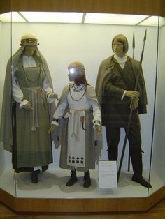 Semigallian garb for future SCA Icelandic/Norse projects