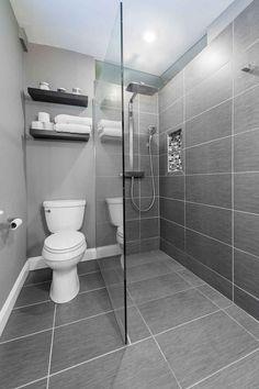 25 Awesome Farmhouse Bathroom Tile Shower Ideas (Walk In Shower Room Floor & Wal. 25 Awesome Farmhouse Bathroom Tile Shower Ideas (Walk In Shower Room Floor & Walls) ideas grey Small Grey Bathrooms, Bathroom Layout, Modern Bathroom Design, Bathroom Interior Design, Bathroom Designs, Small Shower Room, Small Wet Room, Shower Niche, Minimalist Bathroom