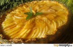 Hruškový koláč se smetanou Apple Pie, Pineapple, Food And Drink, Dishes, Fruit, Sweet, Apple Cobbler, Plate, Tablewares