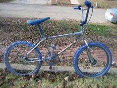1979 Diamond Back Large Pro Diamondback Bmx, Vintage Bmx Bikes, Bmx Bicycle, Bicycles, Old School, First Love, Kids, Vintage School, Young Children