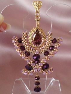 Egyptian Fantasy earrings by Perline e Bijoux by Simona Svezia https://www.etsy.com/it/shop/PerlineeBijoux