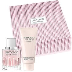 JIMMY CHOO ILLICIT FLOWER Eau de Toilette 60ml Gift Set, Experience the the newest edition to the JIMMY CHOO portfolio, with the JIMMY CHOO ILLICIT FLOWER Eau de Toilette 60ml Gift Set.