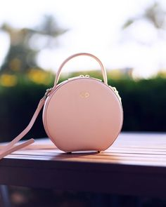 ShopStyle Look by thefreckledlife featuring the daily edited Circle Bag and Mansur Gavriel 'Circle' calfskin leather crossbody bag Summer Purses, Summer Handbags, Fall Handbags, Purses And Handbags, Summer Bags, Pink Crossbody Bag, Leather Crossbody Bag, Leather Purses, Popular Handbags