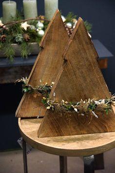 Weihnachtliche Gesteckideen & Totensonntag - Fachgroßhandel für Floristikbedar... - moderne Weihnachten - #Fachgroßhandel #Floristikbedar #für #Gesteckideen #moderne #Totensonntag #Weihnachten #Weihnachtliche