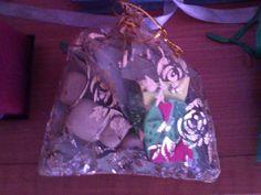 Saquito ritualizado de la suerte con búho Tarot, Christmas Bulbs, Holiday Decor, Cake, Shop, Christmas Light Bulbs, Food Cakes, Cakes, Tart