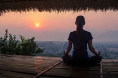 What really happens on a silent meditation retreat | Well+Good
