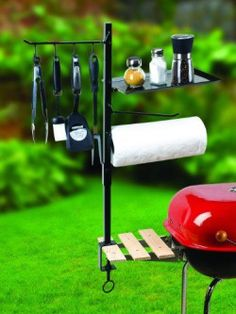 How perfect is this BBQ Accessory Organizer for summer grilling!