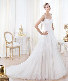 Pronovias te presenta el vestido de novia Lavianne. Glamour 2014.   Pronovias