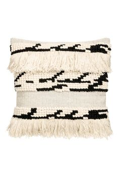 Natural white/patterned. Cushion cover in textured-weave cotton fabric with fringe at front, woven back section, and a concealed zip.
