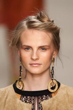 Ciao, Bella! The Best Hair and Makeup From Milan Fashion Week: Although we've said farewell to New York Fashion Week, we're not done with stunning Spring beauty inspiration.