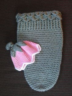 Ravelry: Tulip Cocoon pattern by Sallie Pool  What about this @Iris Loos Hager?