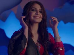Anushka Sharma's fusion of desi and west in 'The Breakup Song' from 'Ae Dil Hai Mushkil' is something we are crushing over.