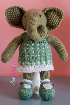 Little Cotton Rabbits girl elephant with green and white snow flake dress by Sew Sebear. Crochet Toys, Knit Crochet, Paper Puppets, Little Cotton Rabbits, Knitted Cat, Snow Flake, Practical Gifts, Unusual Gifts, Baby Knitting