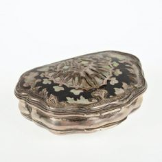 "Antique silver inlaid shell-form snuff box, 18th c., mother of pearl shell inlays, unmarked, 1""h x 2.75""l x 2""d"