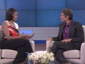 First Lady Michelle Obama reveals her campaign-trail fitness secret: jump rope! Watch as she teaches Dr. Oz her do-it-anywhere jump-rope routine. Jump Rope Routine, First Ladies, Interview, Dr Oz, Michelle Obama, Stay Fit, Lady, Make Me Smile, Toned Arms