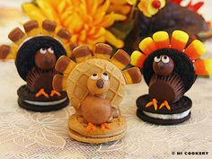"Guests are guaranteed to ""gobble gobble"" up turkey cookies on Thanksgiving!"
