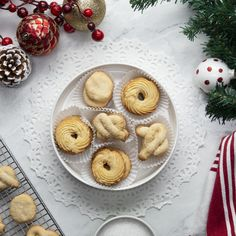 Tasty Video, Cookie Recipes, Dessert Recipes, Danish Butter Cookies, Almond Cookies, Chocolate Cookies, Holiday Recipes, Sweet Treats, Baking