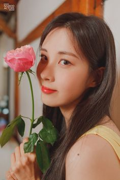 Seohyun graces us with stunning behind-the-scene photos of commercial shoot. Snsd, Sooyoung, Yoona, Girls' Generation Taeyeon, Girls Generation, Mamamoo, Kpop Girl Groups, Kpop Girls, Red Velvet