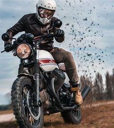 Cafe Racing, Cafe Racer Motorcycle, Motorcycle Style, Moto Guzzi Motorcycles, Cars And Motorcycles, Scrambler, Bobbers, Guzzi V7, Bike Life