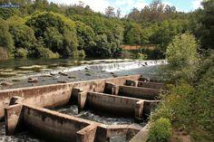Información sobre el área recreativa de O Xirimbao y el puente colgante conocido como Pasarela Mariola, sobre el Ulla. En Teo. A Coruña