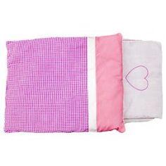 New Classic Toys beddengoed voor poppenwagen roze. Dekbed en kussentje met matrasje voor in een poppenwagen. Het dekbedje en kussentje hebben aan beide kanten een ander design.